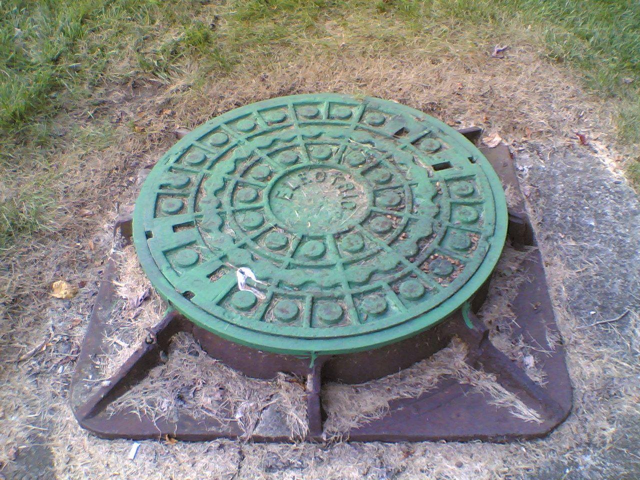 Manhole in Manhattan
