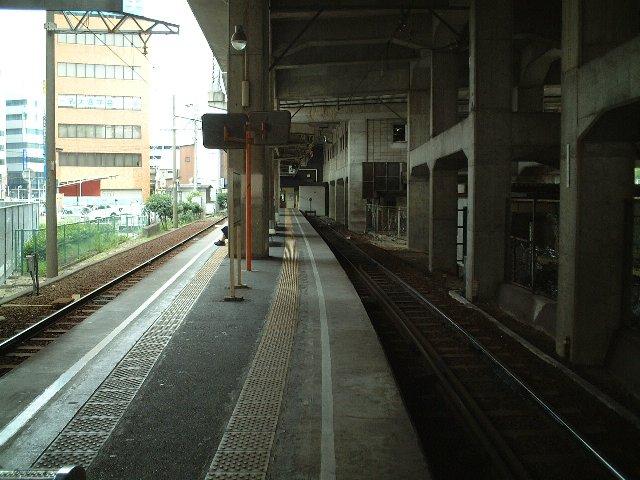 Kintetsu-Yokkaichi Sta.