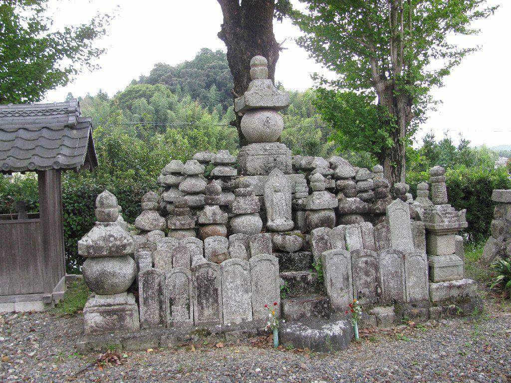 Ishido-ji Temple