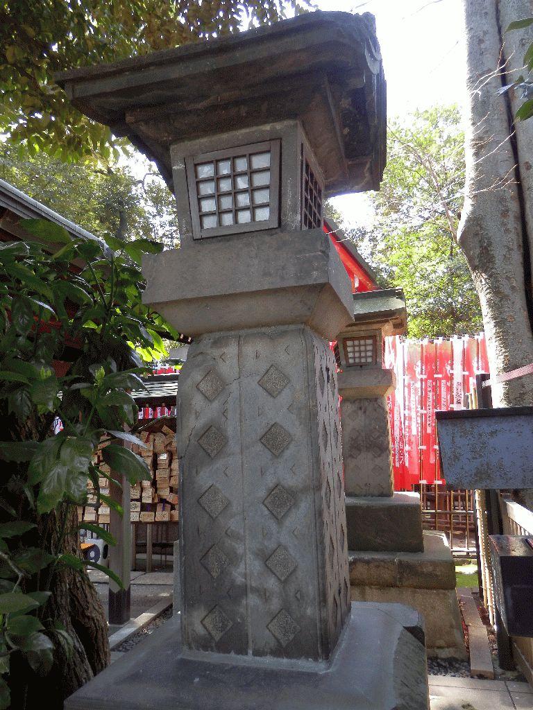 東京赤坂豊川稲荷別院大岡廟