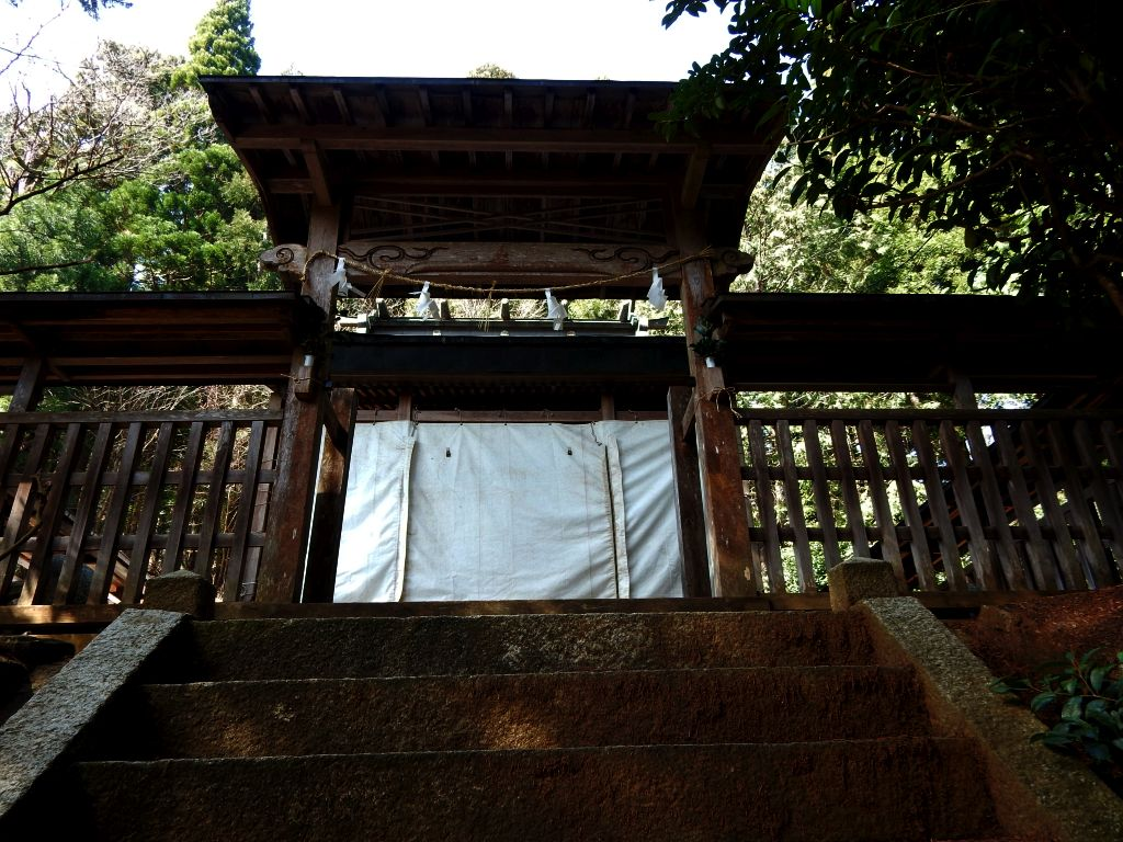 余呉町川並北野神社