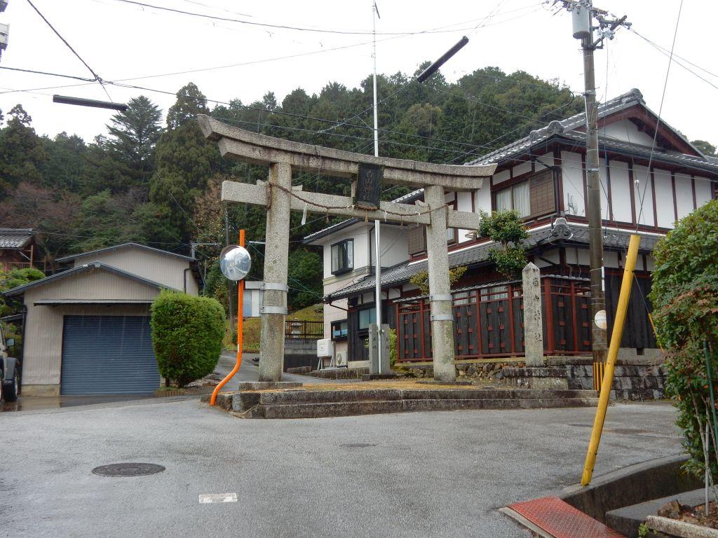 小一条町白山神社