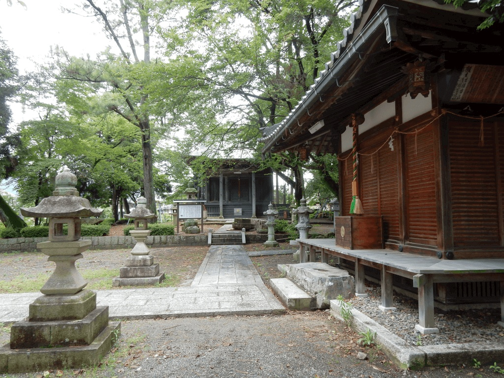 磯野寺・赤見神社