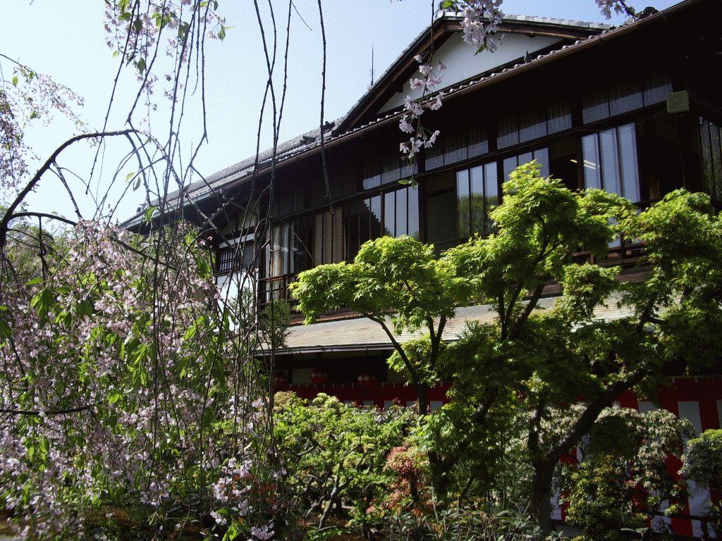 Gion Kaburen-jo